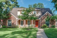 5607 Randon Rd Houston TX, 77091