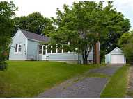 41 Plant St New London CT, 06320