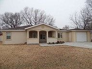 2011 Andrews St Winfield KS, 67156