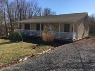214 Valley View Dr. Blakeslee PA, 18610