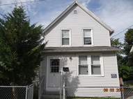 19 Clover Court New London CT, 06320