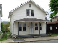 286 W Fifth St Lewistown PA, 17044