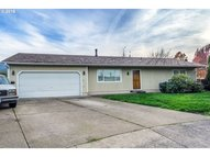 819 67th Pl Springfield OR, 97478