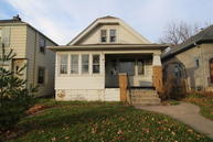 6658 W Girard Ave Milwaukee WI, 53210