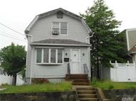 78 Mckee St Floral Park NY, 11001