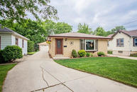 4455 S Griffin Dr Milwaukee WI, 53207