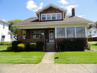 514 Indiana Avenue Chester WV, 26034
