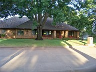 2819 Country Club Drive Chickasha OK, 73018