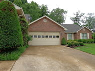 321 B Paris Harbor Drive Paris TN, 38242