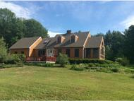 32 Oakhill Rd Barrington NH, 03825