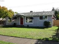 2405 E St Springfield OR, 97477
