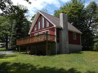 168 Overland Dr Long Pond PA, 18334