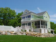 77501 Summers Gate South Haven MI, 49090