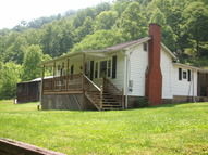 165 Ed Stone Branch Chapmanville WV, 25508