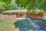 303 W Beech Lexington OK, 73051