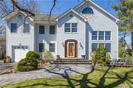 3 Rockhill Rd Roslyn Heights NY, 11577