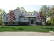 10 Plymouth Place Airmont NY, 10952