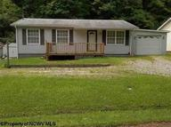 733 Lynn Avenue Weston WV, 26452