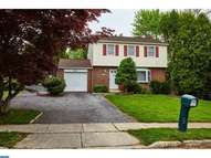 2540 E Colonial Dr Boothwyn PA, 19061