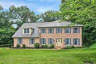4495 Estate Dr York PA, 17408