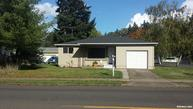 805 S Water St Silverton OR, 97381
