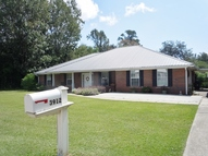3912 Baywood Dr Moss Point MS, 39563
