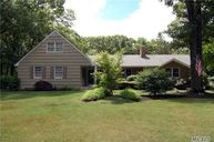 67 Woodhollow Rd Great River NY, 11739