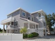 17 E 24th St Barnegat Light NJ, 08006