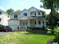 31 Westview Rd Northport NY, 11768