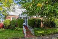 59 Sussex Rd Elmont NY, 11003