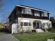 279 Handsome Ave Sayville NY, 11782