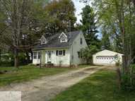 4586 Sycamore St Holt MI, 48842