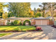 326 Se 40th St Troutdale OR, 97060