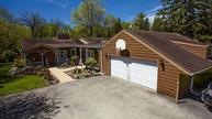 11329 N Parkview Dr Mequon WI, 53092