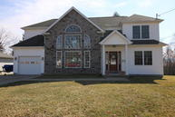 107 Clearview Ln Peckville PA, 18452