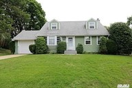 71 Timothy Ln East Norwich NY, 11732