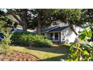 1623 Whispering Pines Dr Seaside OR, 97138