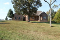 768 Mcmackins Ln Hollow Rock TN, 38342