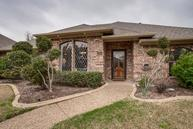 2918 Grand Oak Drive Garland TX, 75044