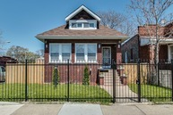 4258 West Cullerton Street Chicago IL, 60623