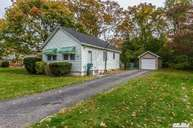 34 Bennett Patchogue NY, 11772