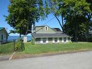 13105 Sunset Pkwy Waterport NY, 14571