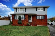 2 Rena Court Elmwood Park NJ, 07407