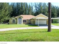 1907 Wade Dr Cape Coral FL, 33991