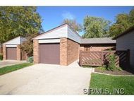 2 Parkridge Belleville IL, 62226