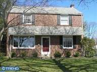 2649 Ashwood Dr Havertown PA, 19083