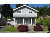 867 S 12th Coos Bay OR, 97420