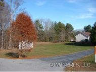 44 Lawrence Rd. Fletcher NC, 28732