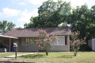 503 Walnut Yoakum TX, 77995
