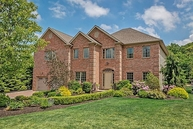 17 Haggerty Dr West Orange NJ, 07052